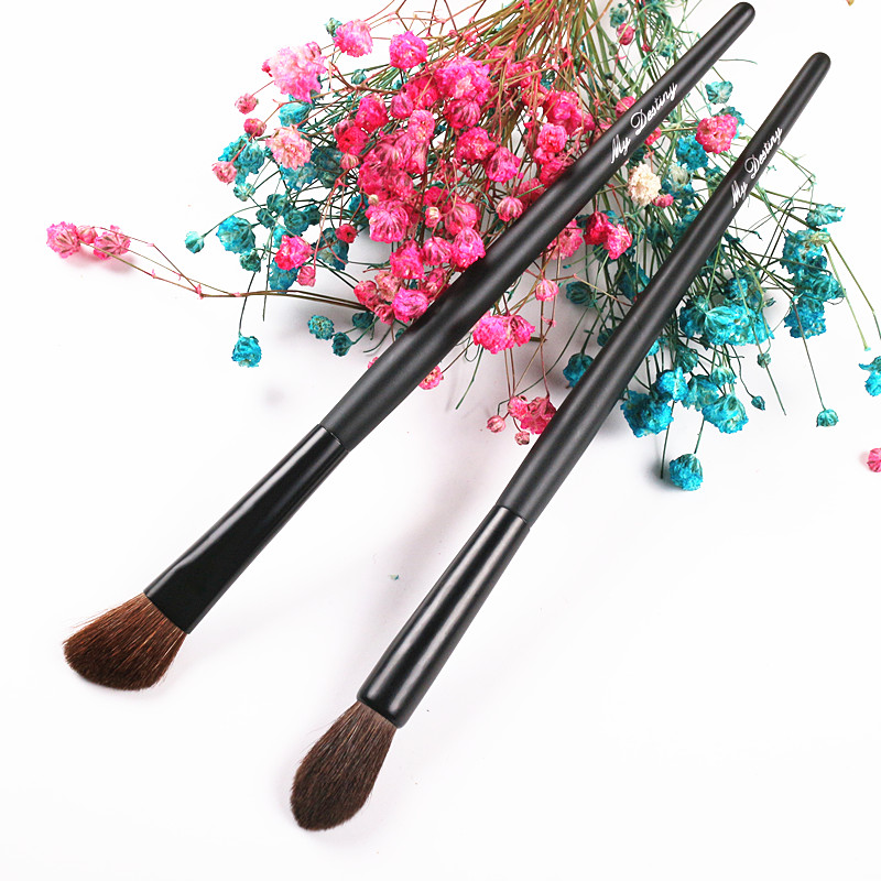 2 Pieces Kayu Menangani Rambut Kuda Wajah Makeup Brushes Eye Shadow Brush Pipi Blush Brush Blending Brush