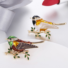 1 Piece Brooch Alloy Enamel Bird Animal Brooch Pin Jewelry for Womens  Clothing Accessories pulatu personalized enamel simulate pearl bird brooch b1l5 7