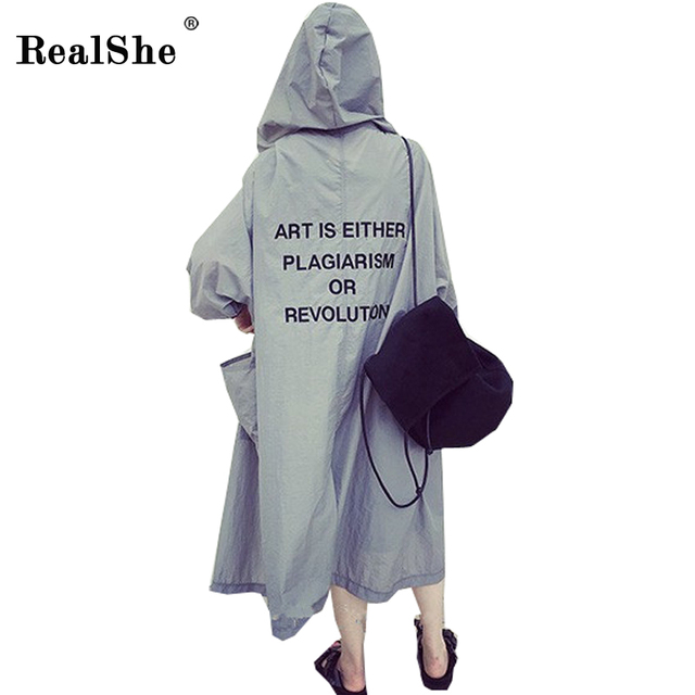 RealShe осень 2017 г. Для женщин Письмо печати тонкий куртка с капюшоном пальто женственный Повседневное пляж защиты от солнца плюс Размеры Верхняя одежда Топы