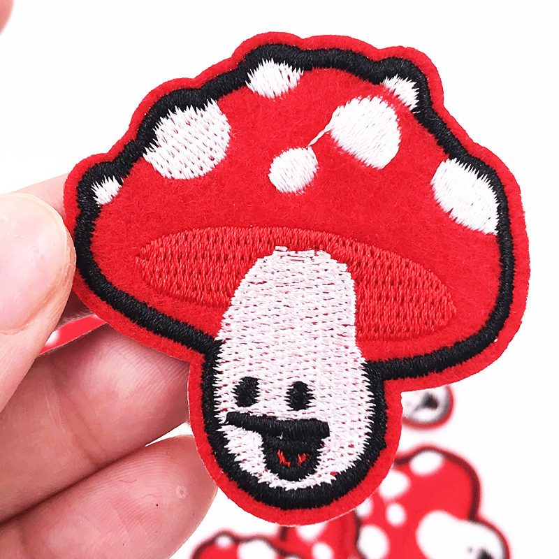 Free shipping 10Pcs Mushroom Clothing Patches Iron On Embroidered Applique Patch DIY Apparel children repair accessories