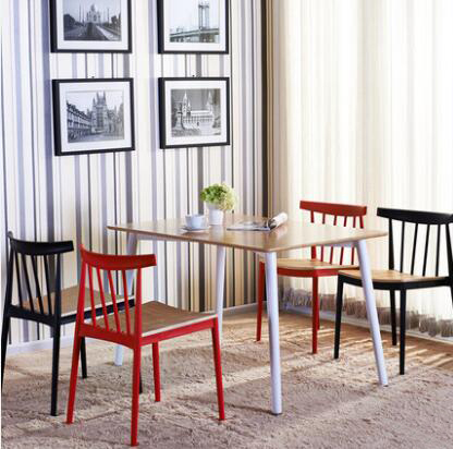 YINGYI Hot Selling Modern Plastic Dining Chair Without Arms Black White Red