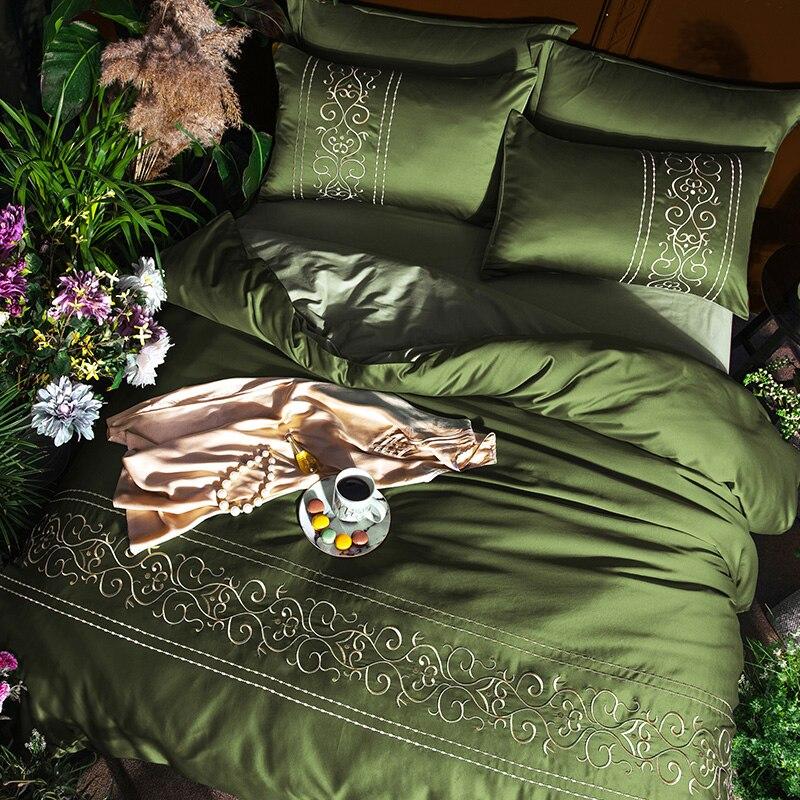 (3)  White silver cotton imitate silk luxurious Bedding Set queen king measurement mattress set Bedsheets linen Europe embroidery Quilt cowl set HTB1VeVNpbuWBuNjSszgq6z8jVXaR