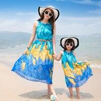 Matka i córka sukienka sukienka Czechy dorywczo lato wakacje na plaży morza floral rodziny pasujące stroje 028