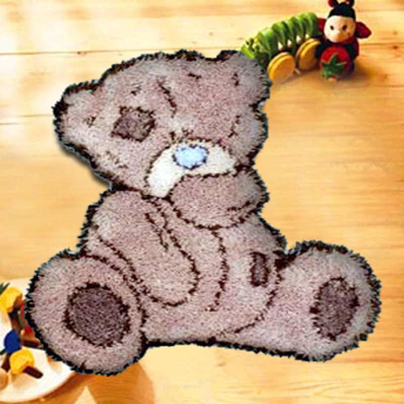 "Placemats ""do it yourself"" method of needlework kit latch hook rug kit Unfinshed   / embroidered carpet cartoon   bear pattern"