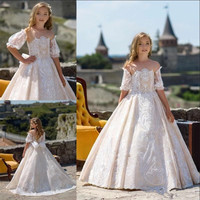 Soft Tulle Lace Flower Girl Dress with Bow Appliques Buttons Illusion Neck and Back Well Designed Princess Dress Pageant Gowns