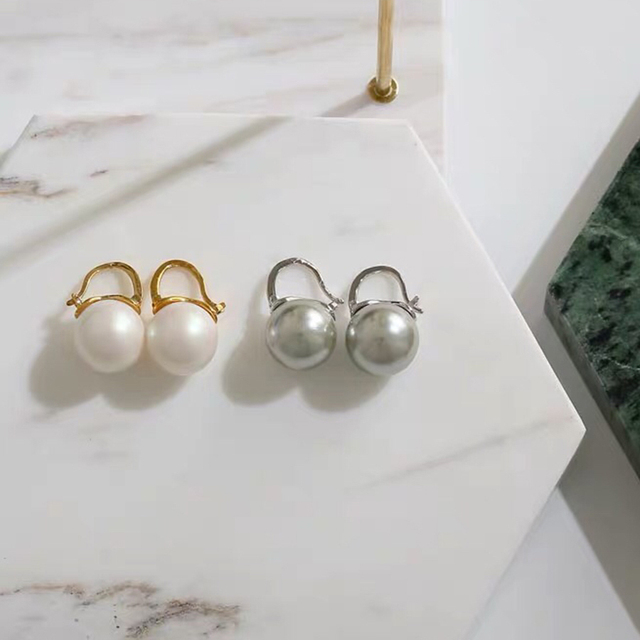 Best Selling Brand Classic Fashion Round Pearl Earrings White Gray Minimalist Jewelry High Quality Gold Silver Hook For Women