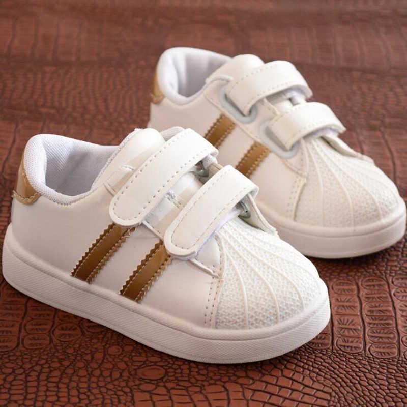 2d17f1bd0b30 2018 детская повседневная обувь кожаные сапоги мужские женские мягкие обувь  с подошвой детские спортивные туфли детские