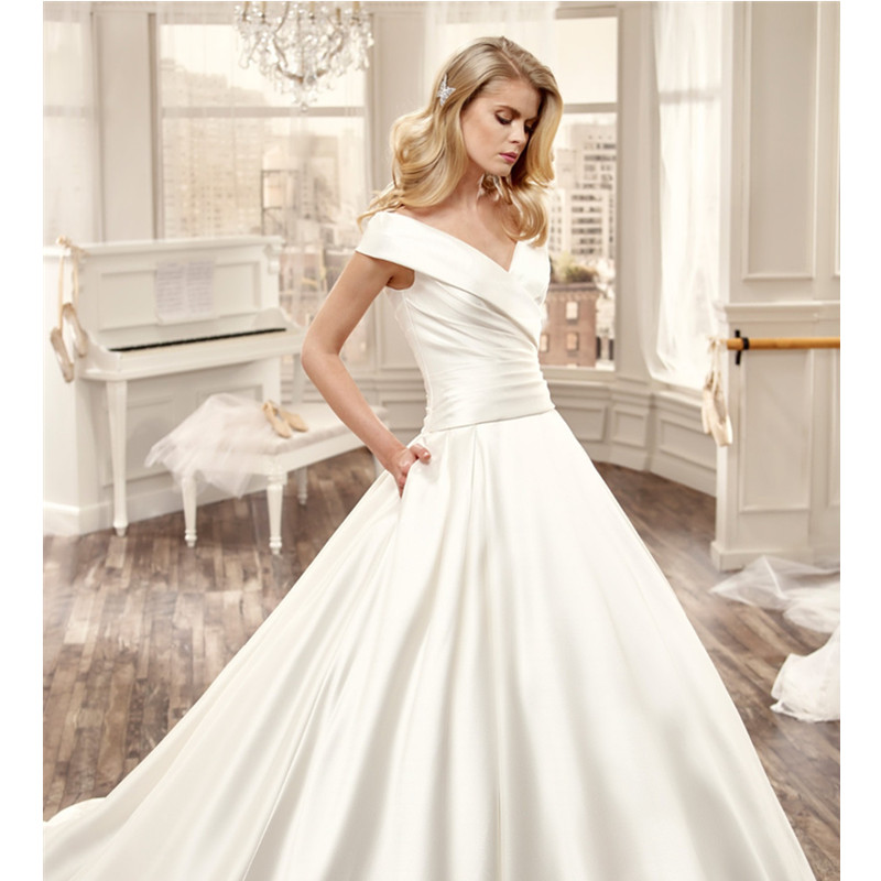 Attractive Nifty V Neck Bridal Gowns Glossy Satin Wedding Dresses Ivory Dress 2016 Al W9 Vestido De Noiva In From Weddings Events