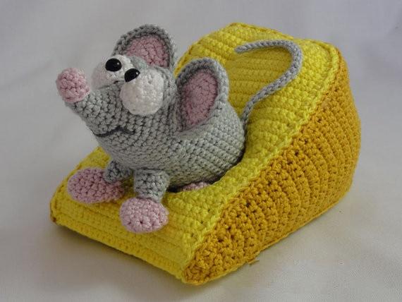 Amigurumi : Amigurumi cow a free crochet pattern grace and yarn