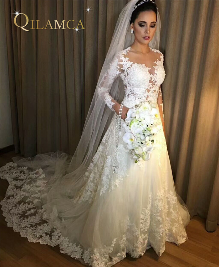 2018 Long Sleeve A-Line Wedding Dresses Vintage Robe De Mariage Special Lace Design Customized Bridal Gown