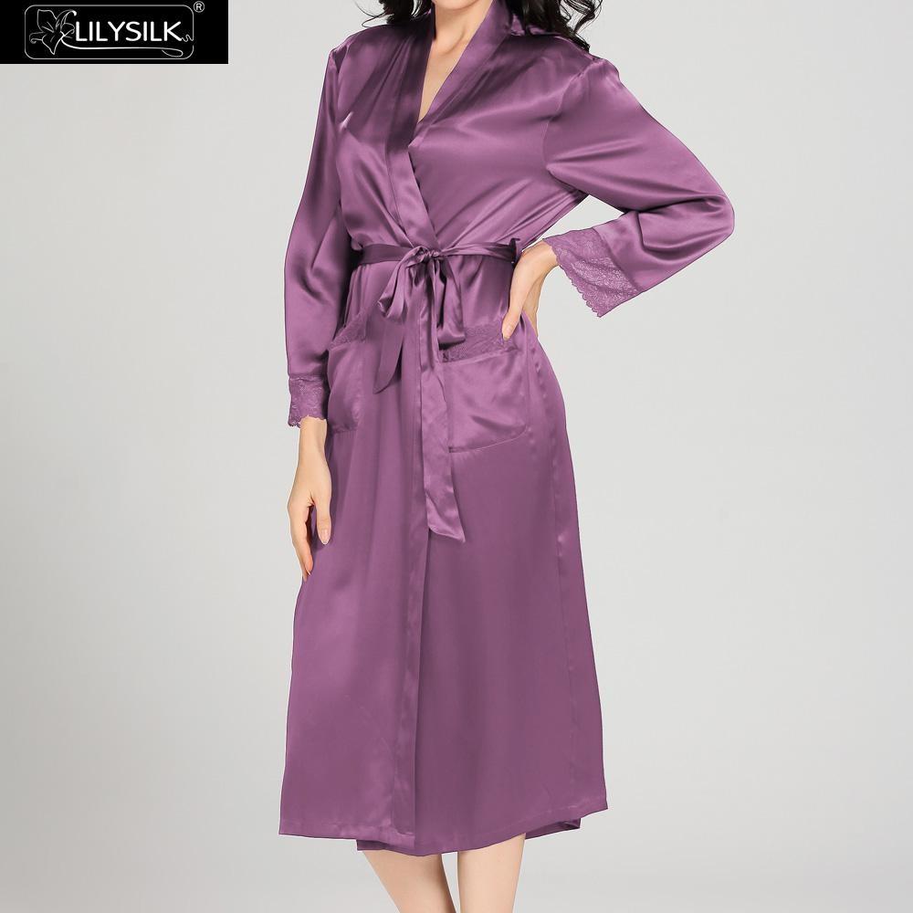 1000-violet-22-momme-lace-long-silk-nightgown-&-dressing-gown-set-02