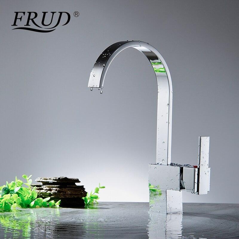 FRUD Conetemporary évier de cuisine Chrome eau chaude et froide mélangeur laiton robinets pont monté en céramique bobine simple maintien Y40028