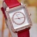 Marca de luxo kezzi relógios de quartzo das mulheres belas embutidos praça dial pulseira de couro de impressão padrão do floco de neve de cristal relógio à prova d' água