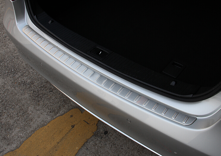 Stainless Steel Rear Bumper Trunk Sill Plate Cover Trim For Mercedes Benz Mercedes Benz W212 E200