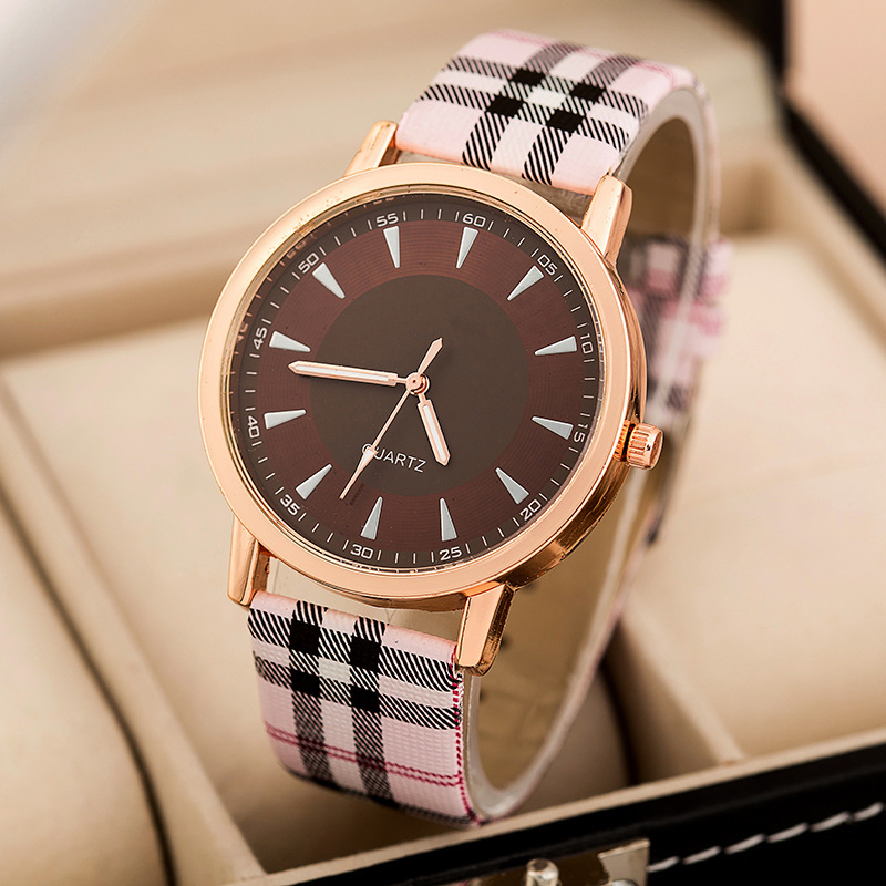 Free Shipping 2016 New Fashion Quartz Watch Women Vintage Scottish font b Tartan b font Watches