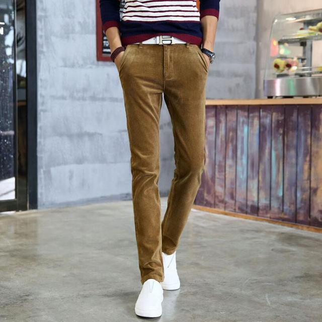 Populares modelos de explosión de otoño de los hombres pantalones casuales pantalones de pana pantalones adolescentes plus engrosamiento de terciopelo elástico Delgado Coreano marea
