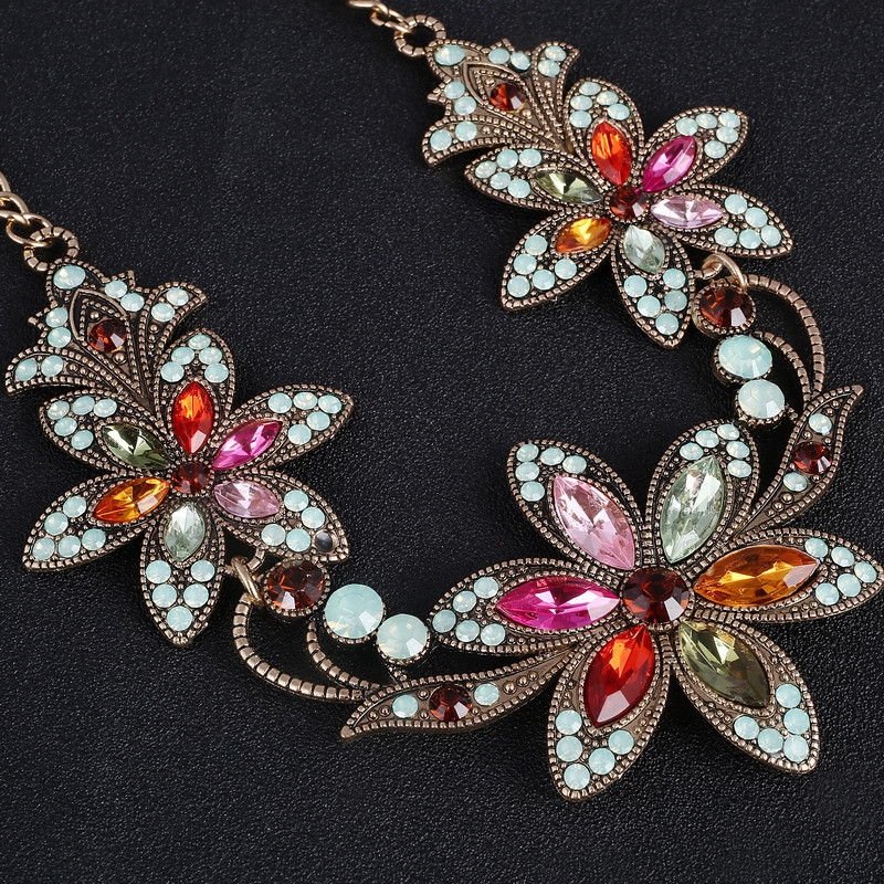 19 Fashion Designer Chain Choker Statement Necklace Women Necklace Bib Necklaces & Pendants Gold Silver Chain Vintage Jewelry 10