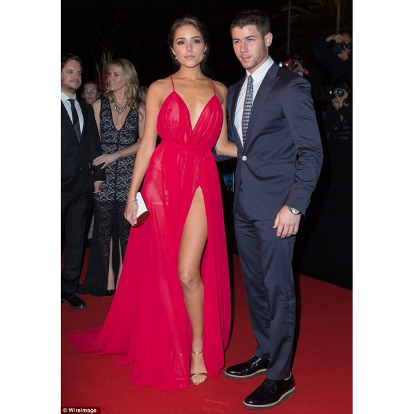 Michael Costello Olivia Culpo Rosy Sexy Red Celebrity Dresses 2015 High Split Backless Red Carpet Gowns Deep Sweetheart Gowns