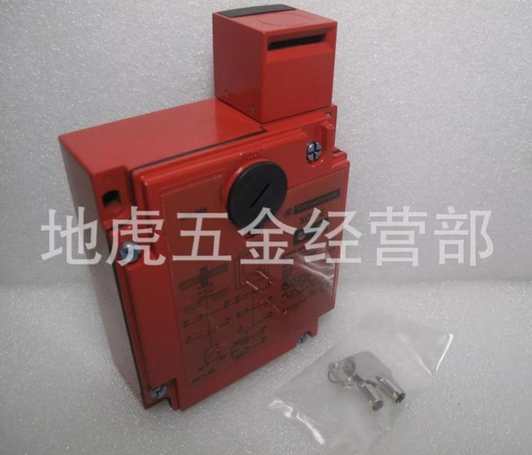Schneider insert type safety door lock switch XCSE7311 safety monitoring switch