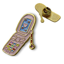 Low Price Mobile Phone Shape Badge New Design Platinum Painted Badges