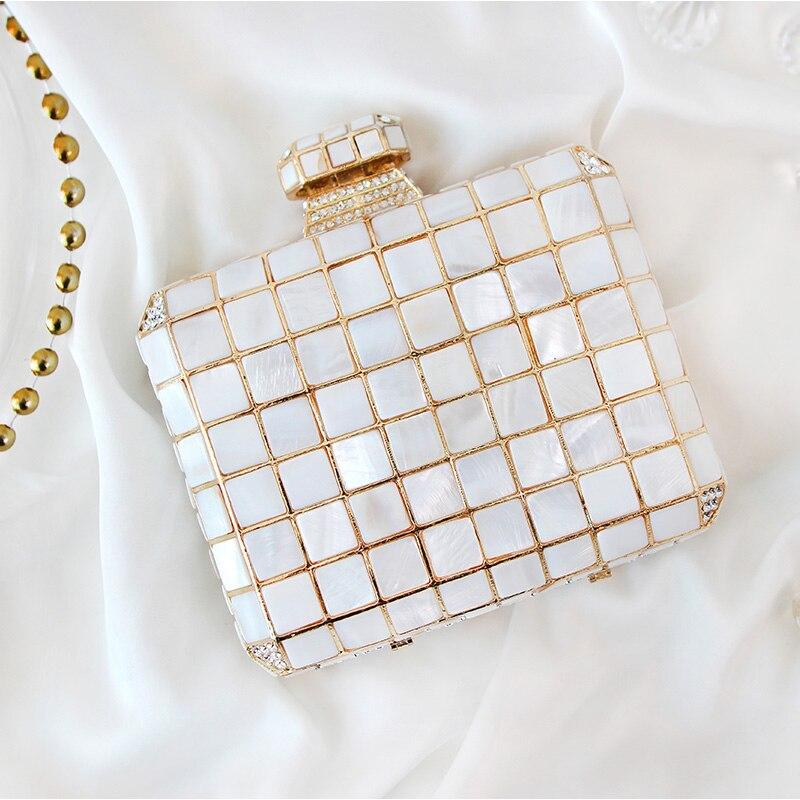 Femmes sacs à main blanc coquille couleur parfum bouteille forme femme dîner Banquet petit carré dîner embrayage pour soirée robe de soirée