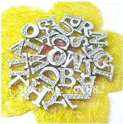260 шт 8 мм направляющие буквы амулеты «сделай сам» внутренний диаметр.: 8 мм цинковый сплав и rhinesonecan через 8 мм полоса