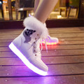 2016 female rabbit hair luminous shoes shoes white shoes fluorescent snow boots LED lights colorful UBS charging light zapato