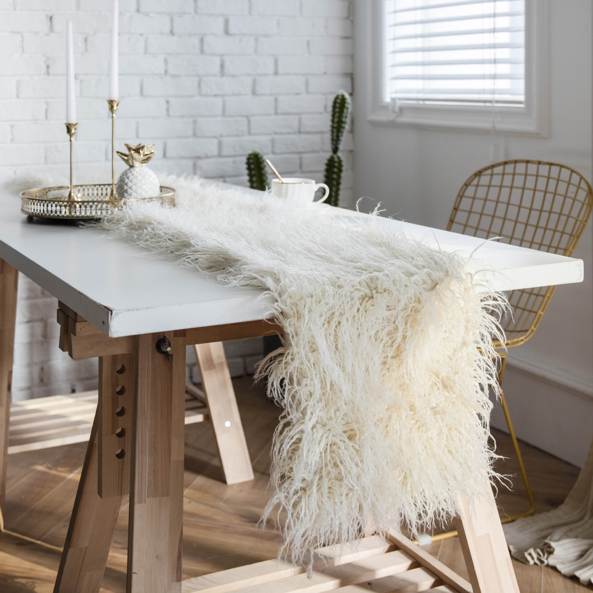 Us 18 04 36 Off Whole Solid Color Mongolian Fur Table Runner European Coffee Towel Decoration Fluffy Plush Bed In