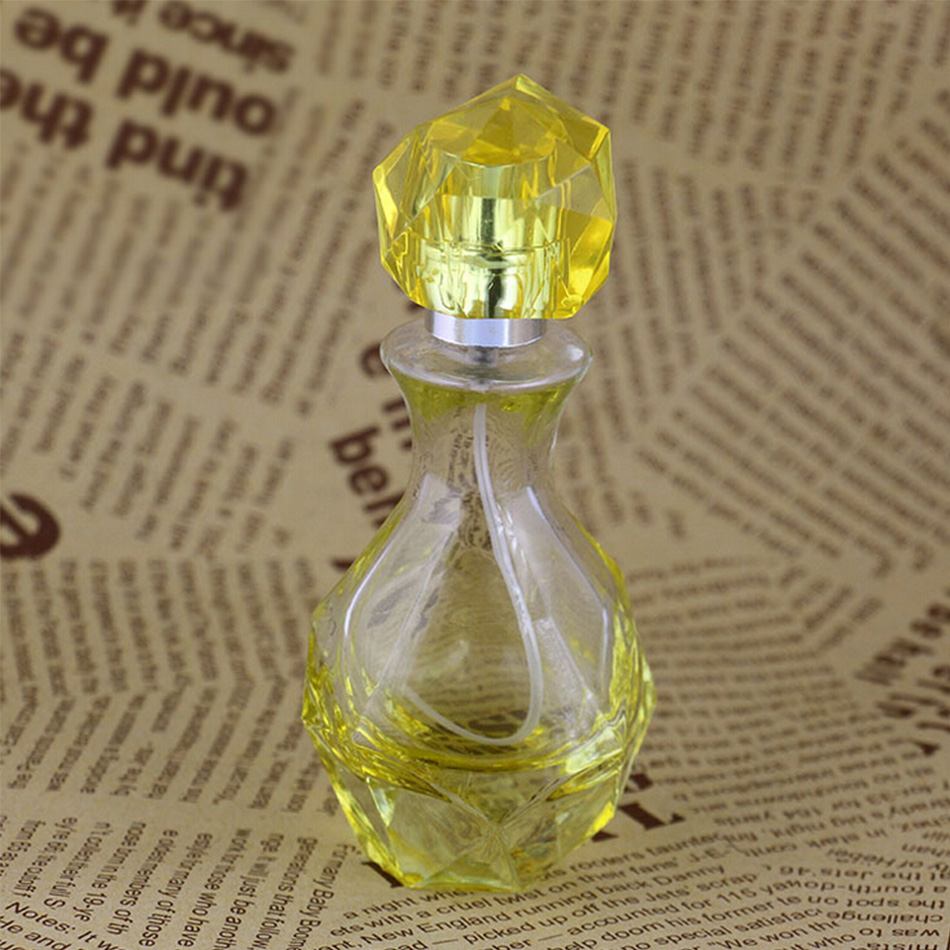 (5 Pcs/Lot) 30 ml Spray Empty Refillable Bottle Lady Gift Vintage Glass Perfume Bottle Geometric Shape Cosmetic Container New