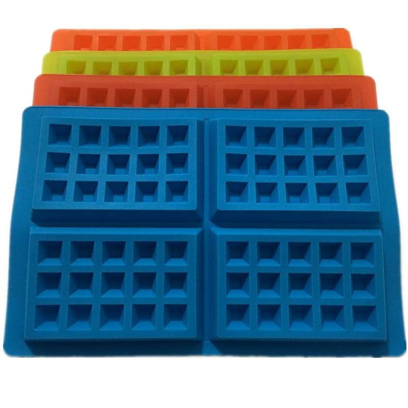 Nuevo 4-Cavidad Forma de molde de waffle de plástico de grado alimenticio, Pastel de chocolate, Molde de silicona Molde para hornear Cocina para el hogar