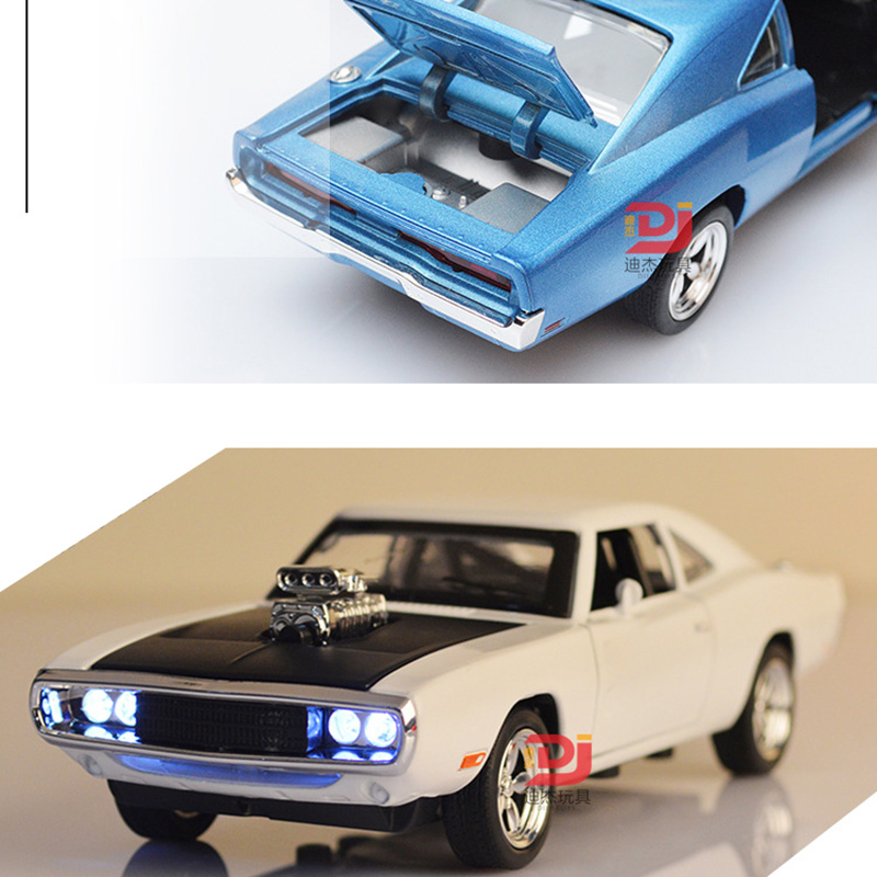 Open/Light/Sound Toy 1:32 Alloy Diecast Car Model Pull Back Toy Car Model Classical Car For Kids Birthday Gifts Toy Free Ship