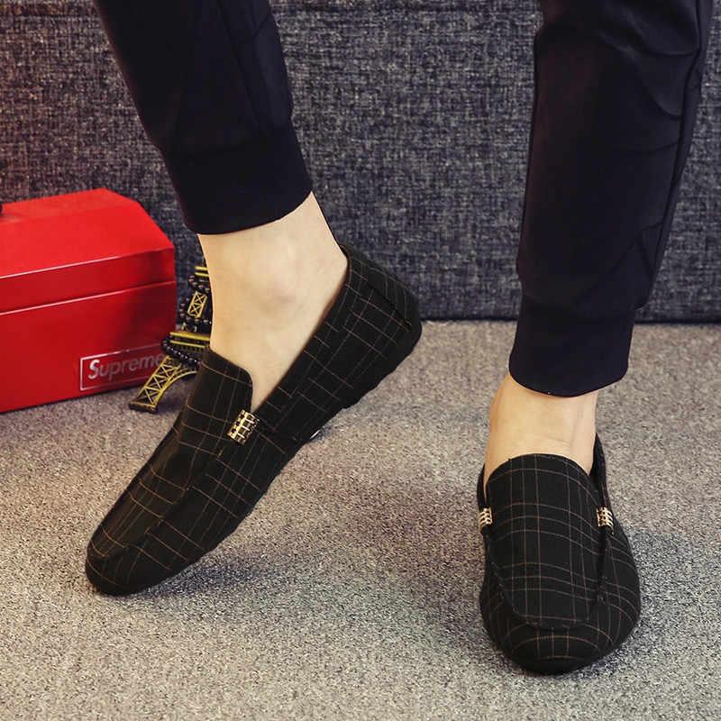 Mannen Casual Schoenen 2019 Lente Zomer Mannen Loafers Nieuwe Slip Op Licht Canvas Jeugd Mannen Schoenen Ademend Mode Platte Schoenen
