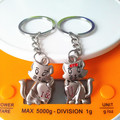 New  Fashion Lovely Cat Couples Key Chain Charming Keychains Couple Key Ring Flash Bright  Metal Chain Ring Hot Selling