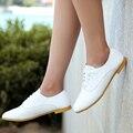 2016 Nuevas mujeres de La Moda casual zapatos de Cuero Genuino Oxford Zapatos de Moda Señoras Grandes del Tamaño de Los Planos de Las Mujeres Mocasines Zapatos de Conducción