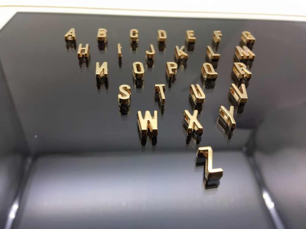Простое Ожерелье с надписью, подарок на Рождество, ювелирное изделие A B C D e f g h i j k l m, ожерелье с буквенным сердечком для мужчин и женщин