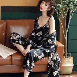 Image 5 - Nieuwe Lente Herfst Bloem Pyjama Femme Katoen Warm Pijamas Mujer Kleding Lange Mouwen Zachte 3 Delige Set Pyjama Voor Vrouwen homewear