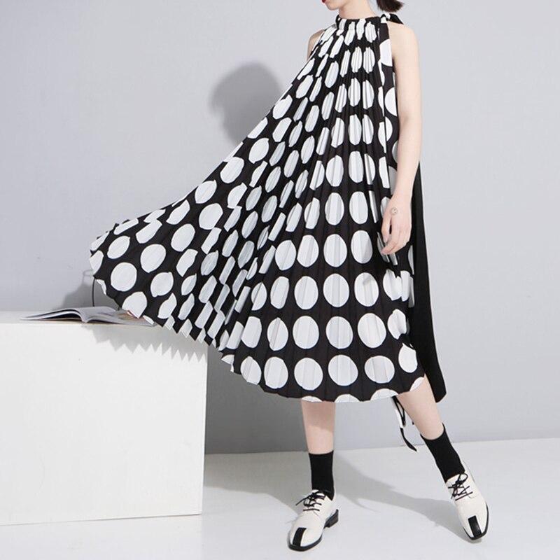 Dot Chiffon Del Vestito Femminile Senza Maniche Lace Up Increspato Oversize Midi Abiti 2018 di Modo di Estate Harajuku Abbigliamento