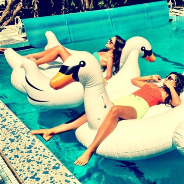 1.5M Summer Giant Swan Inflatable Float Air Mattresses Swimming Pool Toy  Water Pool Toys Swan