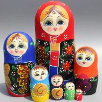 Creative Home Decoration 7pcs Wooden Russian Nesting Dolls Hand painted Handicrafts Traditional Matryoshka Dolls Children Toys