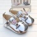 2017 Do Bebê Primeiros Caminhantes Menina Sapatos Bonitos Bling Sliver Suaves Sapatos Da Criança Inferior Do Bebê para Newbron Meninas Acessórios do Presente