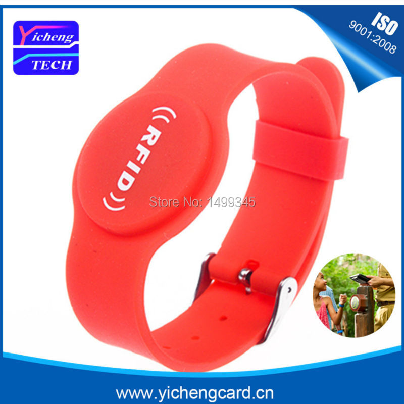 100pcs 13.56MHz M1 S50 Waterproof NFC Wristbands Adjustable and Rewritable RFID Bracelets in Kindergarten and Access Control