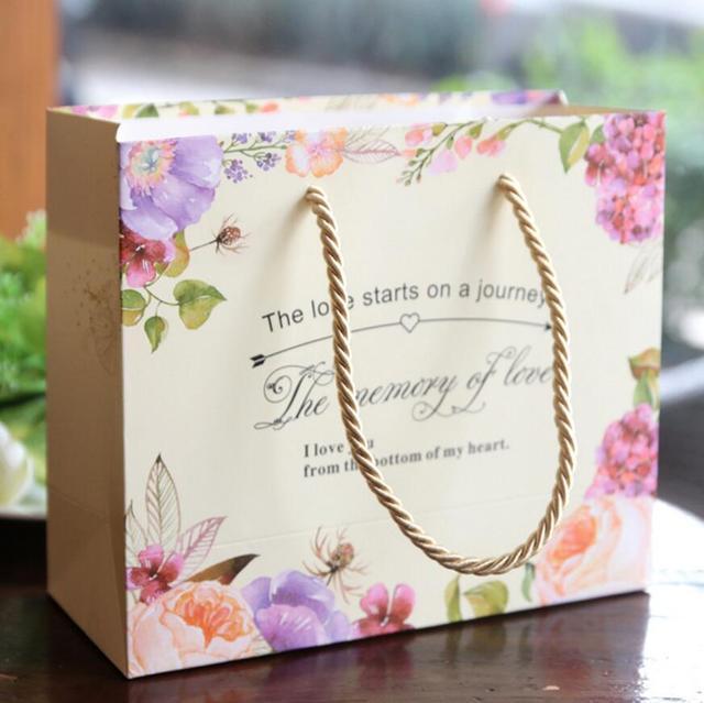 acheter 10 pcs de mariage cadeau sac papier poign e sacs pour la saint valentin. Black Bedroom Furniture Sets. Home Design Ideas