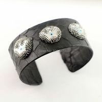 Cho Phụ Nữ 3 Cái Đen Màu Da Rắn & 3 Vỏ Tự Nhiên Vương Miện Bangle Mở Pha Lê Rhinestone Leather Bangle Trang Sức Làm