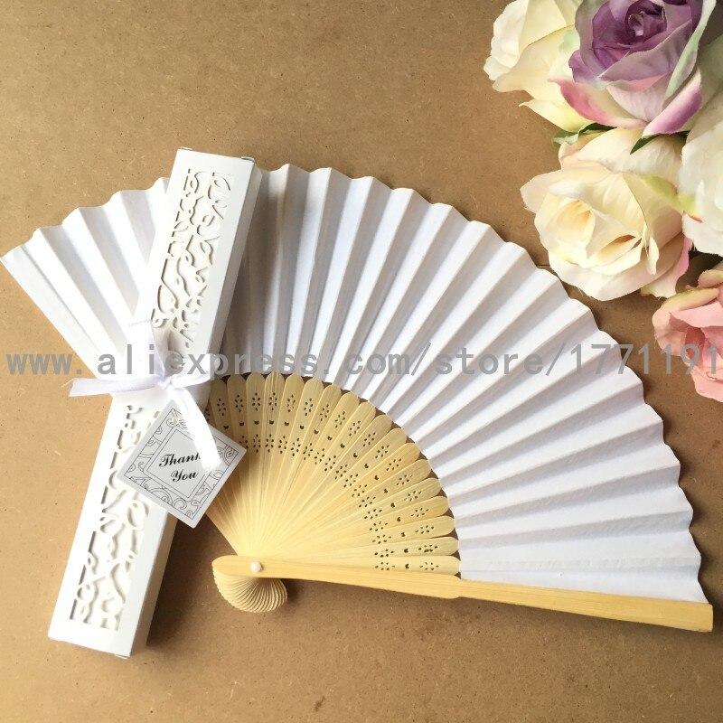Envío Gratis 50 set/lote abanico de papel plegable de bambú para regalo de boda con caja de regalo de papel de Lujo + tarjeta de agradecimiento + cinta-in Obsequios para fiestas from Hogar y Mascotas    2