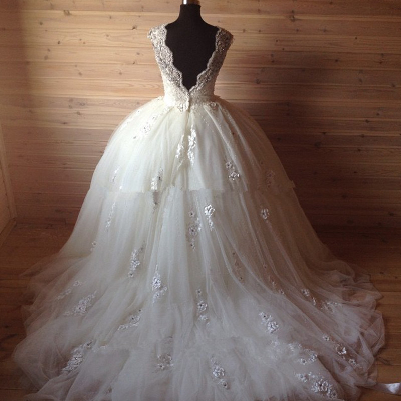 Ball Gown Wedding Dresses 2017 With Bling : Open back ball gowns wedding dresses vintage royal bride dress