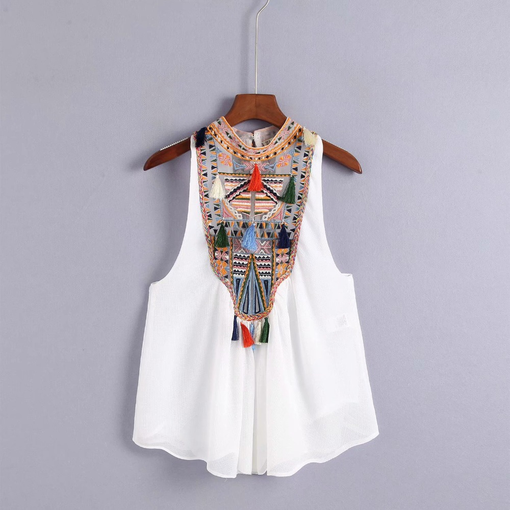 Bohemian Embroidery Geomtric Tassel Ball Sleeveless   Tank     Tops   Ethnic 2018 Back Buttons Cropped Hem Women Camis   Tops   Black White