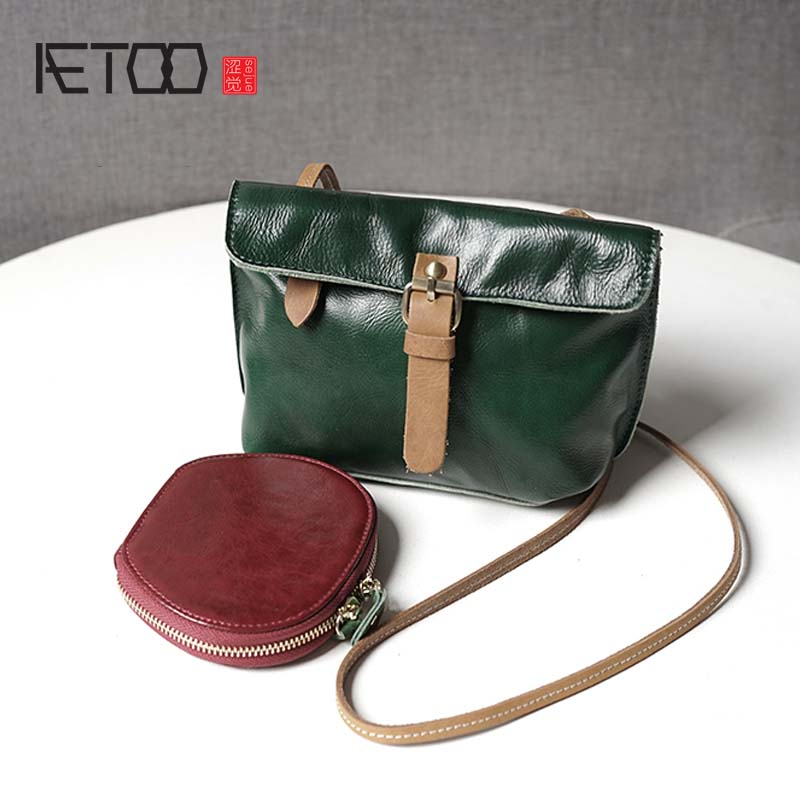 AETOO 2017 original casual shoulder diagonal female package handmade Korean leather small square retro first layer leather bag new ms korean version of the tide fashion first layer leather diagonal shoulder bag cross section square leather zipper small p