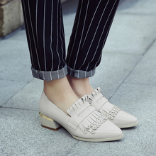 Women's Genuine Leather Slip-on Low Heel Pointed Toe Flats Brand Designer Fringe Rivet Comfortable Single Sheos Female Footwear