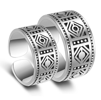 ... 1 Pair 925 Sterling Silver Couple Rings Totem Classic Retro Carving  Opening Thai Silver Rings For fd30c889c0