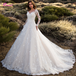 Image 1 - Glamorous Gericht Zug Appliques Spitze A Line Hochzeit Kleid 2020 Sexy Scoop Neck Blumen Langarm Prinzessin Braut Kleid Plus Größe